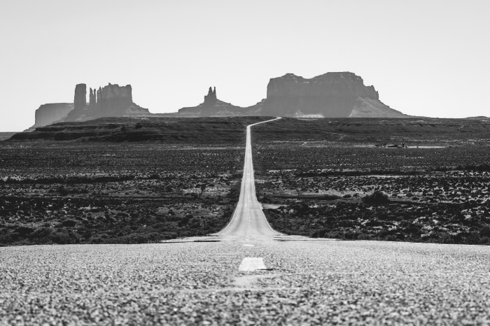 The Road to Monument Valley, Utah.